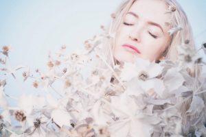 flowers-elegant-woman