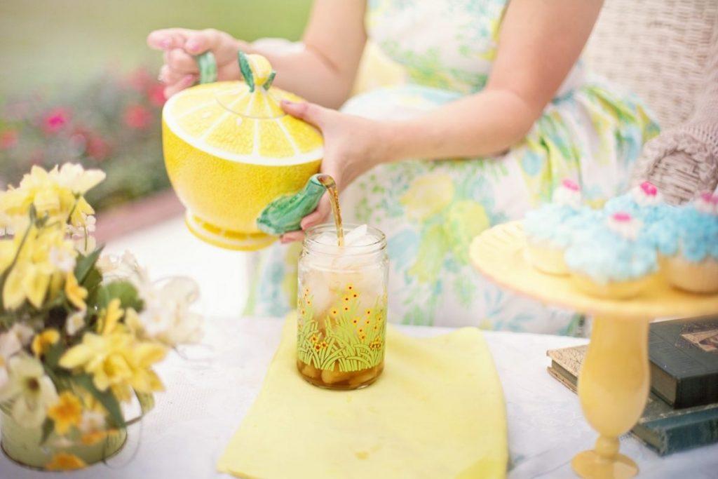 tea-time-person-summer