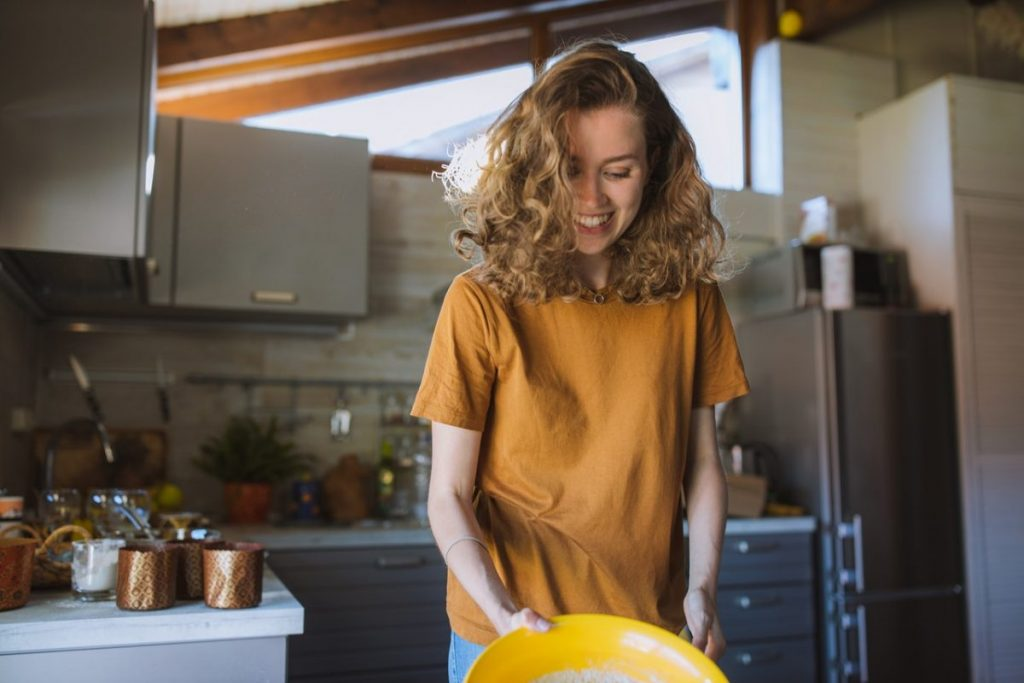 woman-smiling-in-the-kitchen